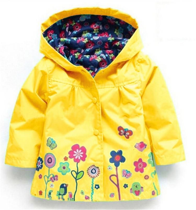 4dcd784f5ce3 Children winter outwear. Hooded jacket