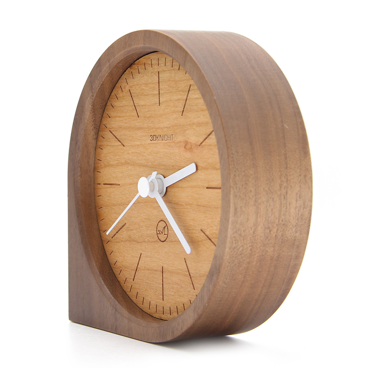 OEM Custom Logo Battery Powered Wooden Silent Table Desk Clock