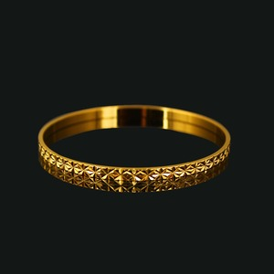 alibaba 2016 fashion jewelry, gold plated bracelet 18k gold the lovely women Bracelet bangles
