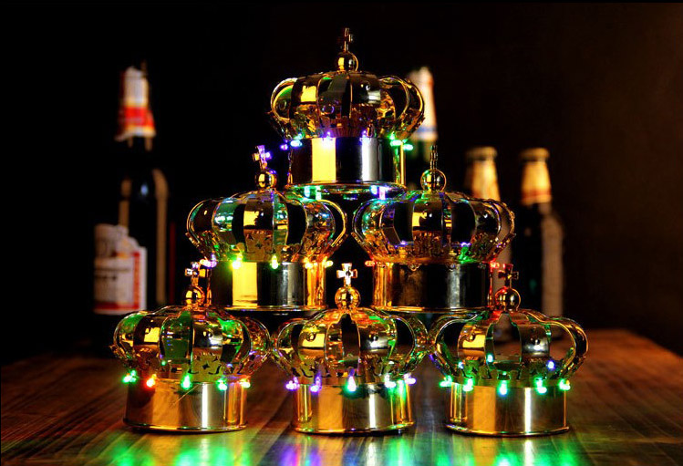 2018 Bottle Service Crown Shaped cap Led lights champagne lamp cover