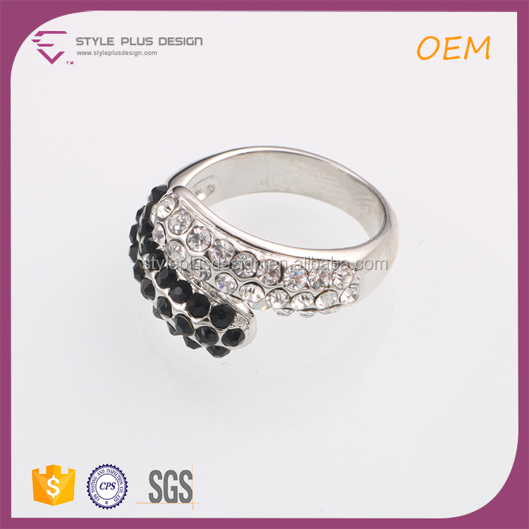 R63222K01 Wholesale Rhodium plated cubic zirconia 925 sterling silver ring black and white color fashion rings
