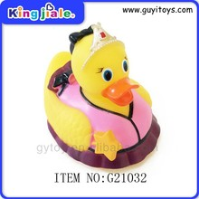 Hottest selling popular cheap 2014 fashion top high quality giant duck toy