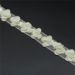 Wholesale 3d ivory sequin flower lace trim saree borders