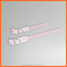 Dh-w004-1 materiale <span class=keywords><strong>del</strong></span> pvc scrivere sul <span class=keywords><strong>bambino</strong></span> formato personalizzato ospedale <span class=keywords><strong>braccialetti</strong></span>