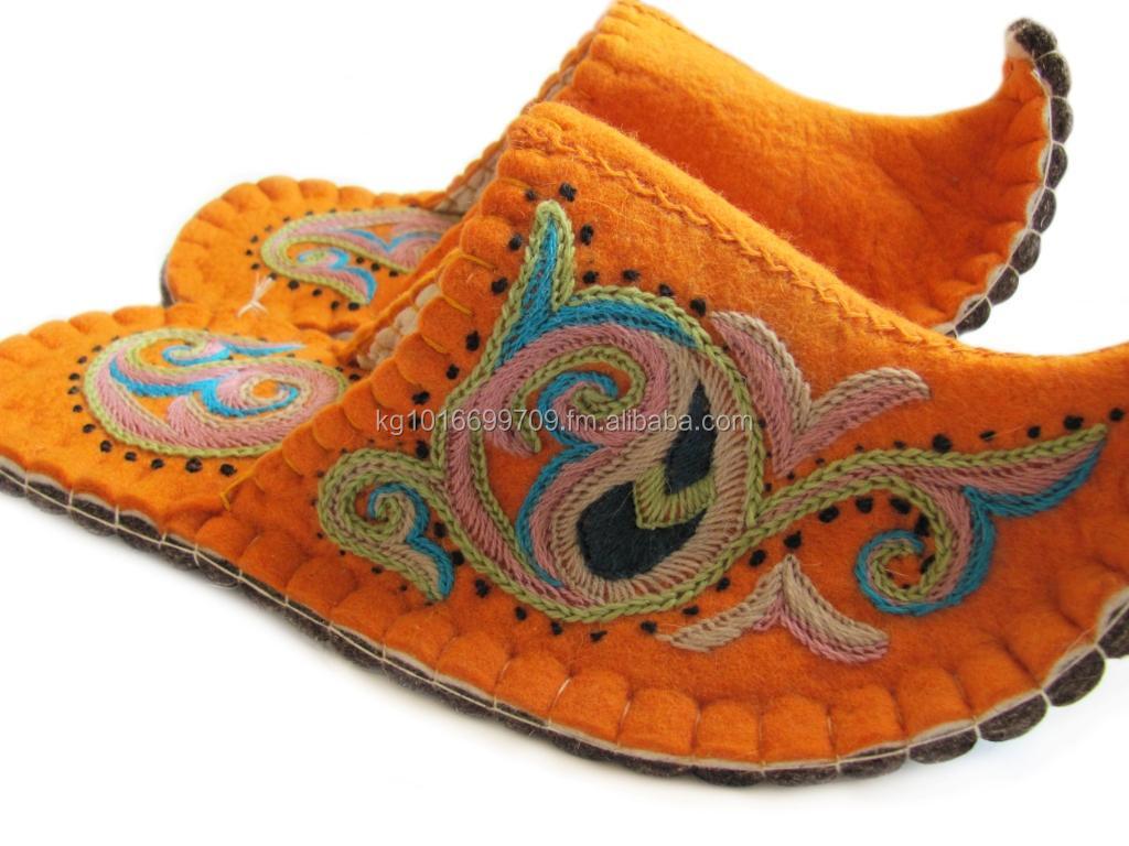 NEW Kyrgyz  Felt Wool Handmade Slippers//House Shoes Men/'s Women's Embroidered