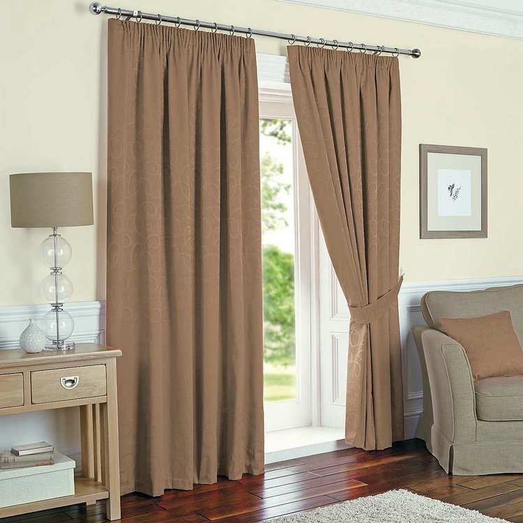 https://sc02.alicdn.com/kf/HTB1SnQpRXXXXXcLXVXXq6xXFXXXN/Brown-Thermal-Pencil-Pleat-Door-Curtains.jpg