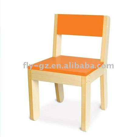 Los ni os silla de madera ni os muebles sillas para ni os for Silla madera ninos