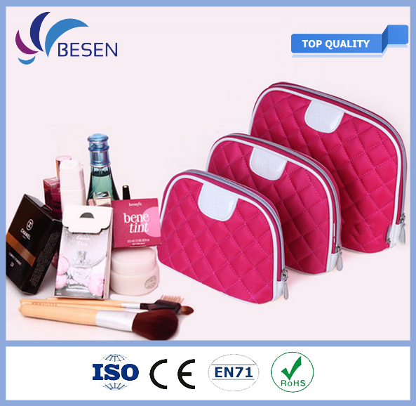 Different Models of pu vanity cosmetic bag With Bottom Price