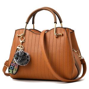 1e46d86dc540 Handbag