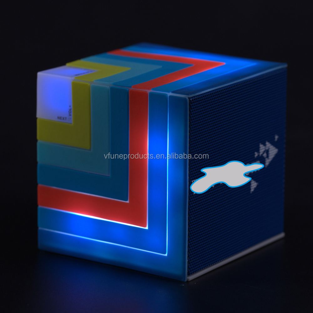 Persnalize Mini Portable Wireless Spkeaker Custom Cubic Rainbow Speaker