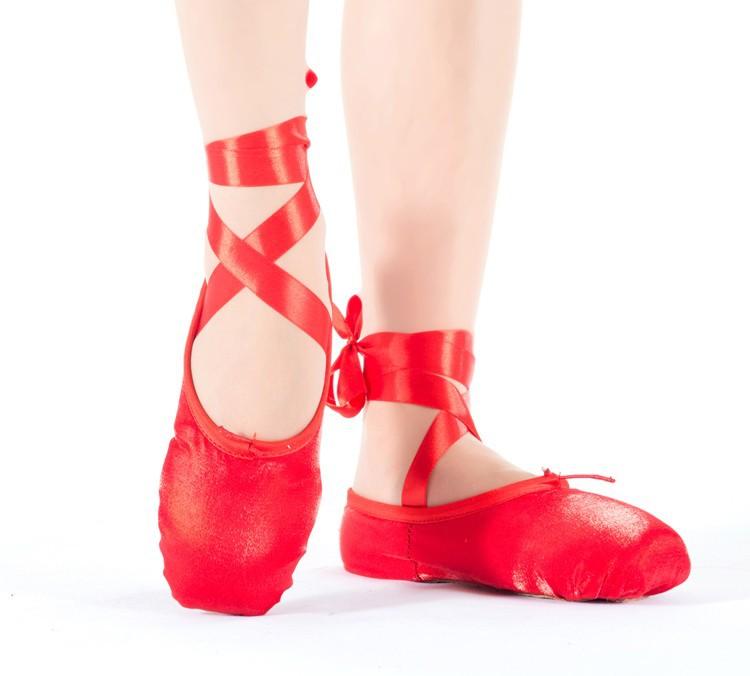 b3416be356a Professionaalsed rihmadega balletikingad Professionaalsed rihmadega  balletikingad Professionaalsed ...
