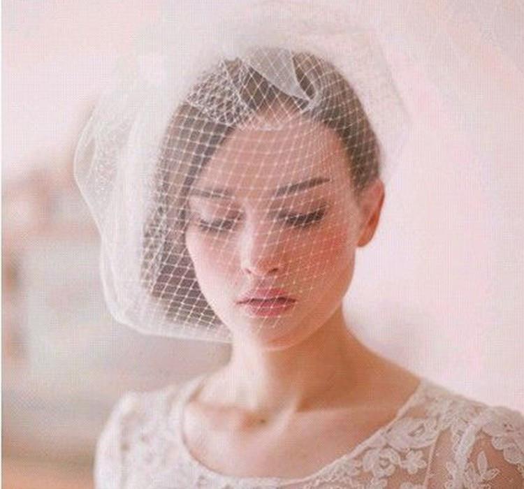 Wholesale Fashion Women Bride Tulle Wedding Hats Short