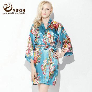 style le plus récent acheter pas cher sélection premium Kimono En Soie Pour Femme Pc008 - Buy Robes Kimono,Robes De Chambre  Funky,Robe Kimono Product on Alibaba.com