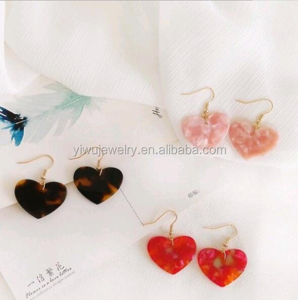 E35-058 popular fashion acetic acid plate pink tiger pattern red acrylic heart earrings