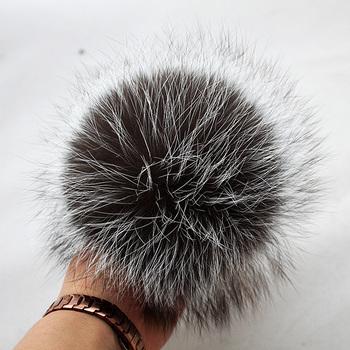 Myfur Snow Top Real Fox Fur Pom Poms Wholesale Hat Accessory Pompom - Buy  Fox Fur Pompom 1ac7a0672a8e