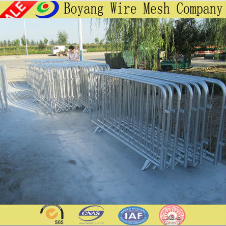 Anping hot selling hot dipped galvanized retractable portable crowd control barrier