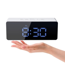 Hot Jual Digital LED Cermin <span class=keywords><strong>Alarm</strong></span> Clock USB Pengisian Meja <span class=keywords><strong>Jam</strong></span> Elektronik
