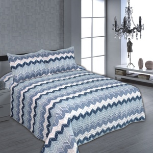 Elegant wave-stripe microfiber fabric printed bouti quilted bedspread China wholesale