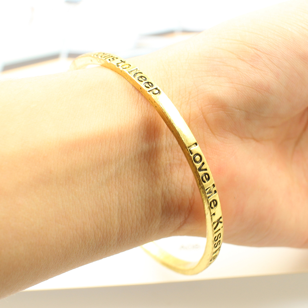 Dream Kiss Custized Letter Antique Gold Silver Bangle Jewelry, Fashion Band