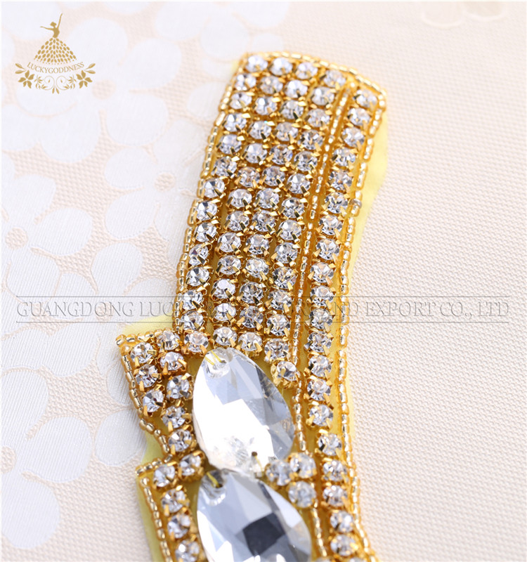 Hot sell fashion wholesale 100%handmade gold crystal  beaded neck decoration
