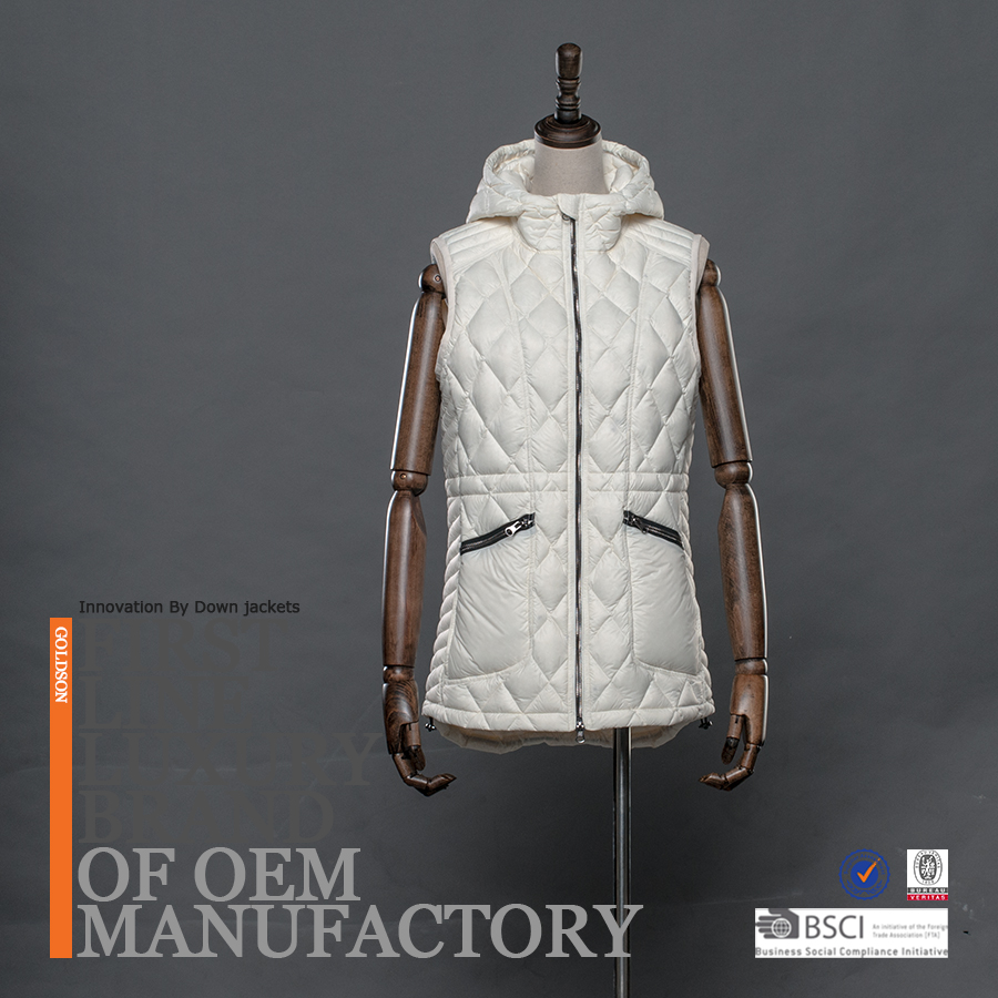 2018 Women Down Vest Pure Goose Down with Special Shiny Zipper Teeth