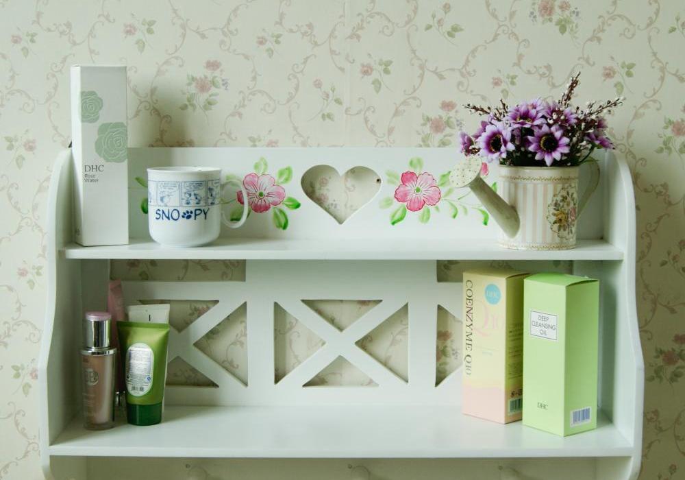 Simple White Wall Mount Bracket Shelf Clapboard Bathroom