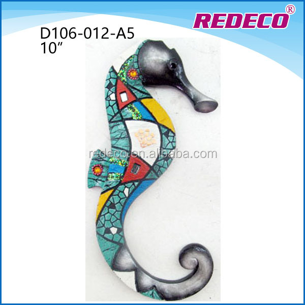 Decorative mounted resin sea horse sculpture for present