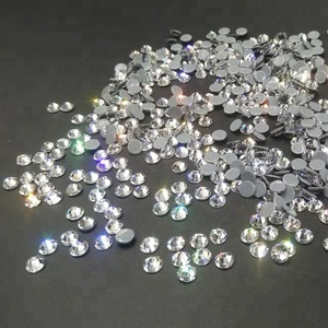 High shining 16 cuts facets Crystal clear Hot fix Rhinestones wholesale