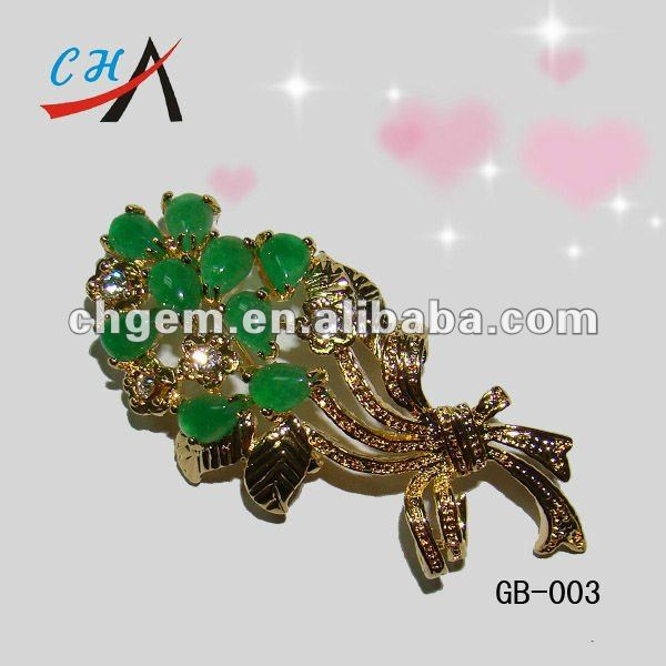 brooch jewelery