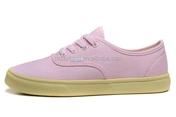 new style fashion free sample cheap canvas shoes