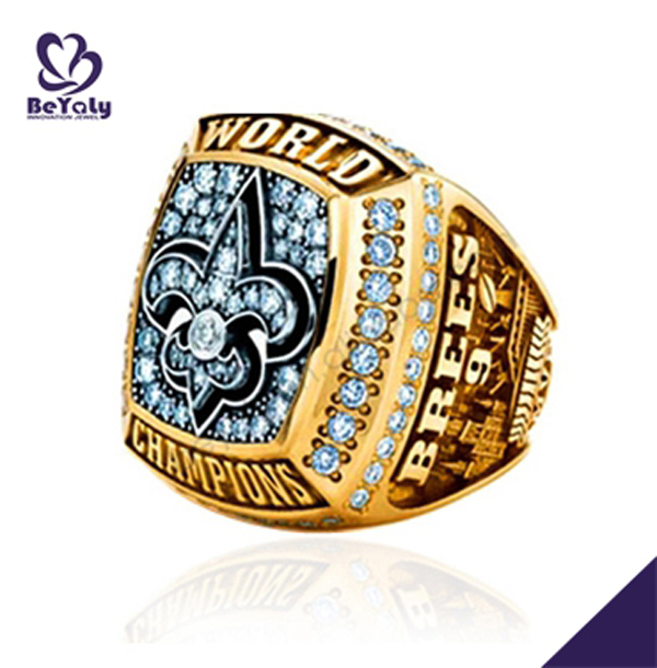 Gold design 2009 New orleans saints championship rings
