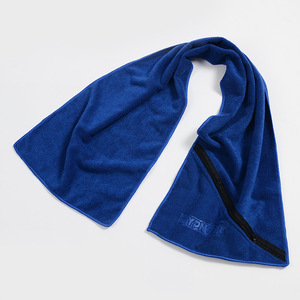 Wholesale Cotton Microfiber Sport Gym Towel With Zip Pocket