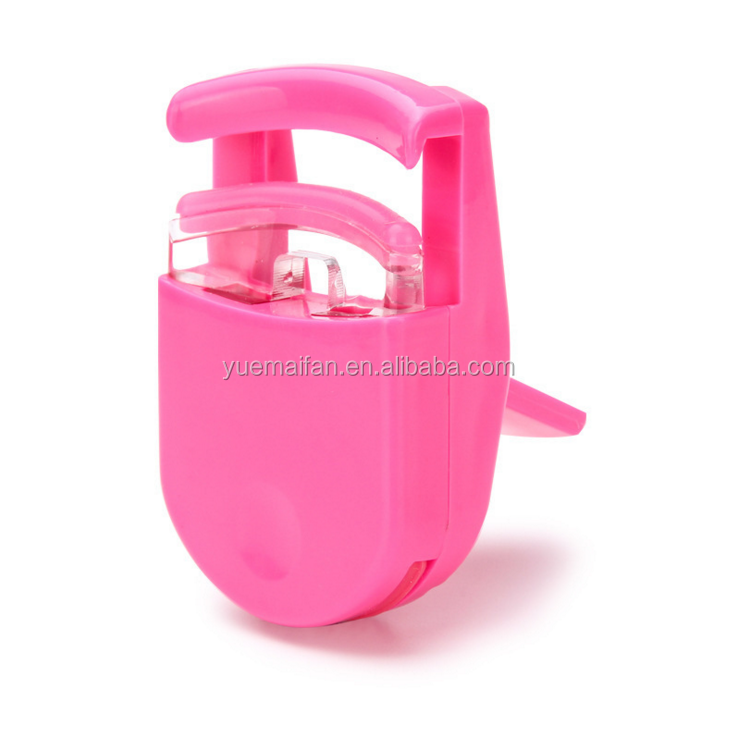 easy to travel plastic mini eyelash curler