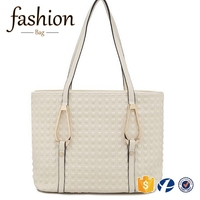 CR European inspection passed new stylish and cheap bag luxury embossing pattern big leather rivet bag womens white handbag