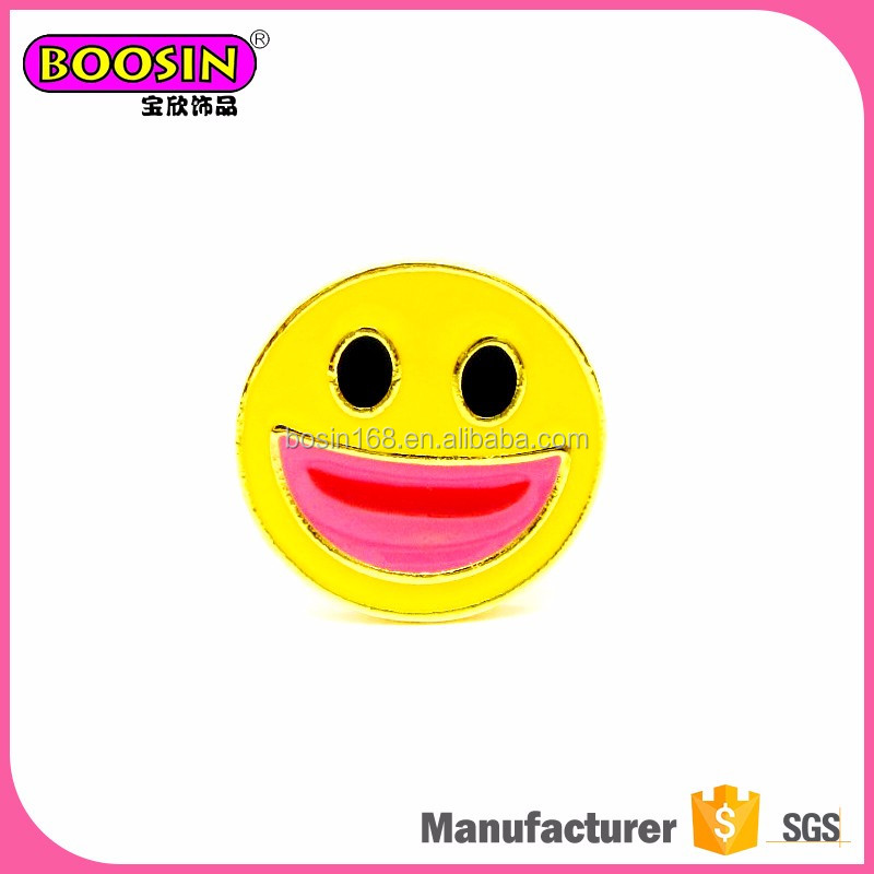 Latest gold cheap brooches and pins, face smiling emoji push pins