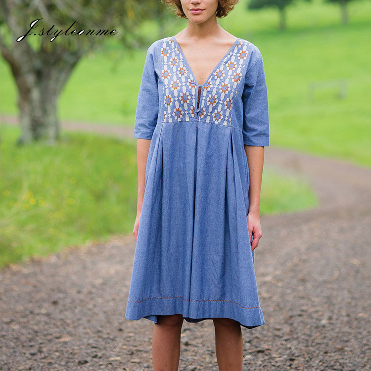 Korean Fashion Extra Soft 100 Cotton Knee Length Chambray Emroidery Ladies' Smock Dress
