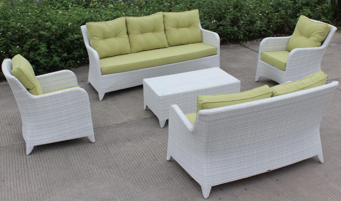 middle size white wicker sofa garden furniture germany buy garden rh alibaba com white wicker sofa uk white wicker outdoor sofa