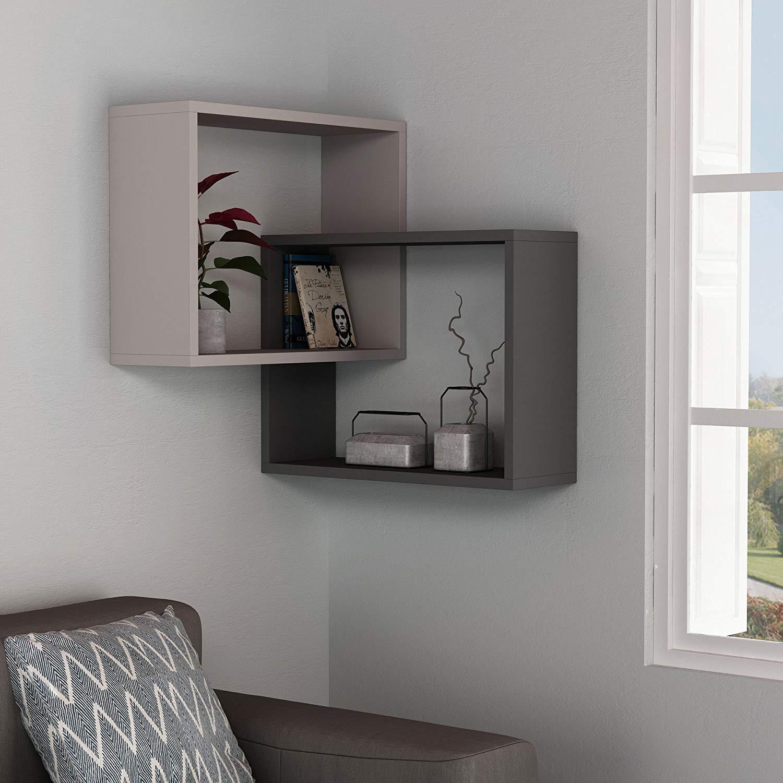 фото угловых полочек на стену компания поставляет