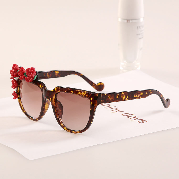 12f026362b Get Quotations · 2015 Red Flower Lady Summer Eyewear Fashion Women  Sunglasses Designer Glasses J16 Vogue Womens 2015 High