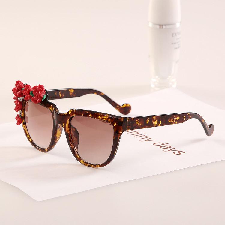 eeacdb1a3b5b Get Quotations · 2015 Red Flower Lady Summer Eyewear Fashion Women  Sunglasses Designer Glasses J16 Vogue Womens 2015 High