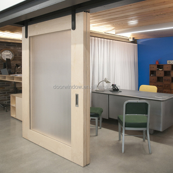 Canada Pine Larch Wood Interior Doors Ready Door Frame White Color on
