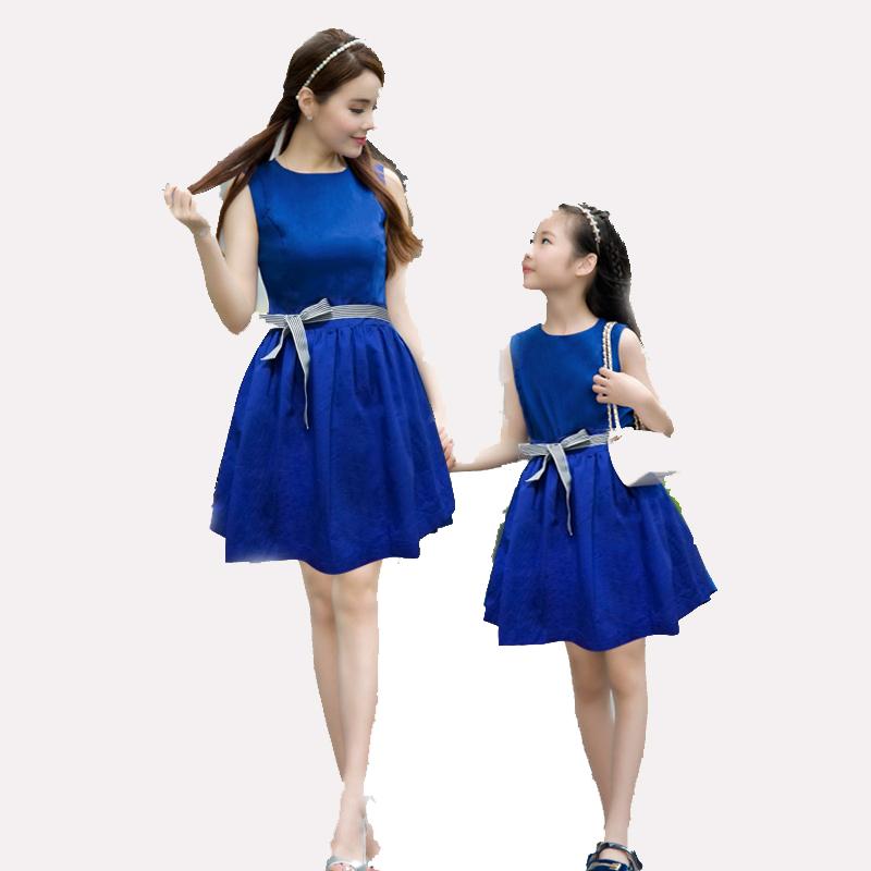 2015 новый летний семья соответствующие одежды матери-дочери соответствующие платья мода синий девочек платья наряды