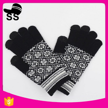 2017 Fashion Cool Warm Magic Wholesale Conductive Fiber Touch Screen Gloves For Men Ladies In Cold Weather