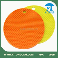 heat - resistant hot sale cheap price food grade silicone table mat round shaped