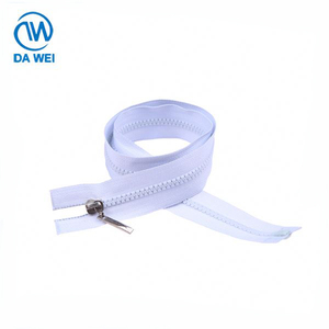 Popular product factory wholesale plastic zip large teeth resin zipper for wholesale