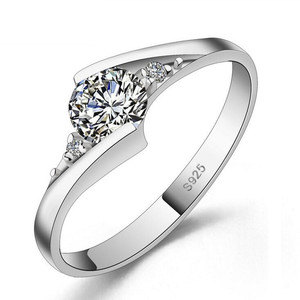 Platinum Plated Crystal rings female factory direct wholesale holiday gift  silver cz ring 4829ad9d0387
