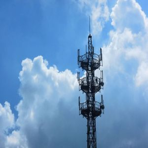 Hot-Dip Galvanized GSM Communication Steel Tower