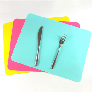 Colorful Silicon 100% Food Grade Material Cooking Silicone Pet Food Mat