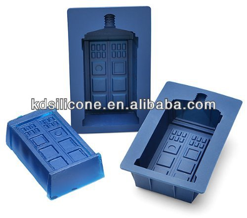 Doctor Who TARDIS Gelatin Mold Set of 2, Doctor Who TARDIS silicone mold set, Doctor Who silicone cake mold