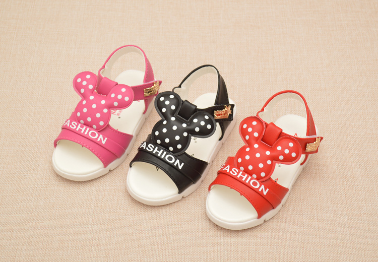 Beautiful baby girl of kids shoes match baby dresses/baby shoes leather